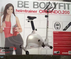 Gold's Gym/Be bodyfit  cycle  trainer