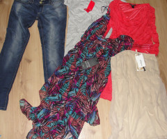 Mix clothing Next Stradivarius, New look, Bershka and others.