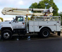 Crane bucket truck motor CAT - $ 13,800 USD