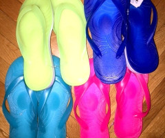 Women beach shoes — women's flip-flops