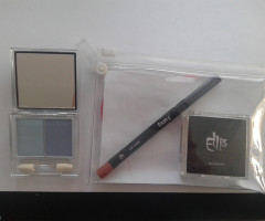 Eye shadow / Blusher cosmetic set
