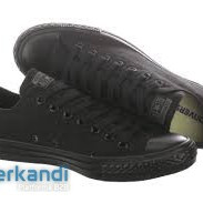 Brand new!!! Converse sneakers for men and women.