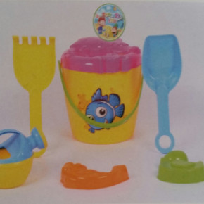 OCEAN BEACH BUCKET TOY WITH ACCESORIES