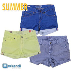 Womens shorts from summer mix at wholesale price !