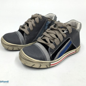 KIDS *ANDRE* LEATHER TRAINERS   RRP € 42.99