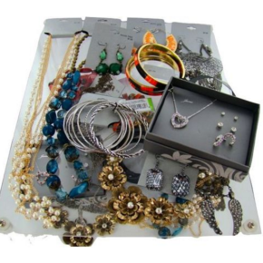 Pallets of mixed brand new jewelry - Target Store