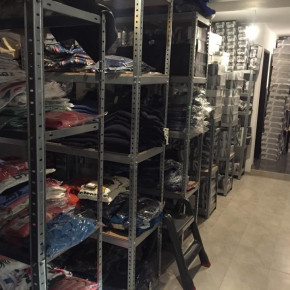 Wholesale branded clothing and footwear outlet stock