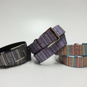 Belts with glitter and chrome buckle