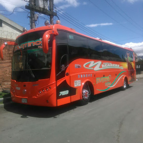 ----''TOURISM / INTERCITY BUS - 2013''-- IZUZU,----