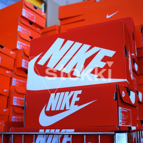STOCK SHOES NIKE !!!