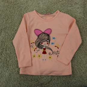 Blouse for girls with embroidery
