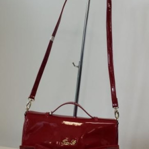 Wholesale designer handbags - Twin Set, Liu.Jo, Pepe J'S, Kocca, Desigual
