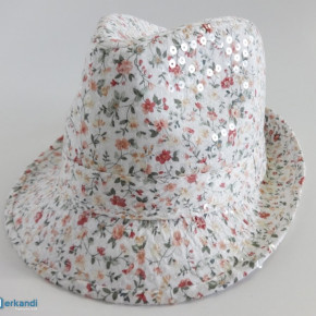 Take all deal: 1152 pieces black and white trilby hats