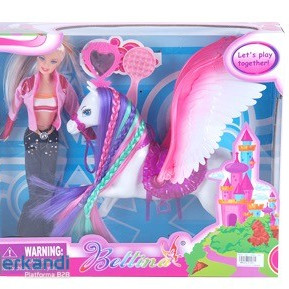 Plastic doll with winged horse mirror and comb