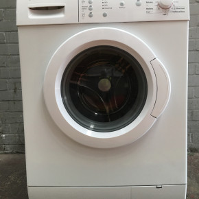 160 Washing Machines - Buy while £ is weak and save ++++EURO's+++