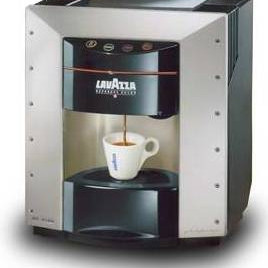Used LAVAZZA EP2100 coffee makers clearance stock