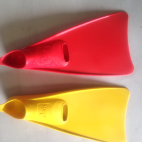 100% Natural Rubber European Made Swimming fins