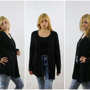 Cape for women in the color black