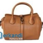 Wholesale handbags from Italian and Spanish brands