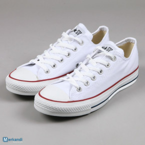 Woman Converse ALL STAR sneakers