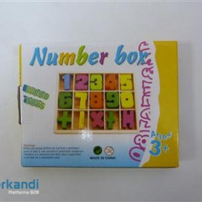 Wooden game number puzzle oe988