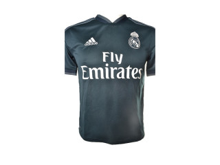 LOT, MIX 113, FOOTBALL EQUIPMENT AND T-SHIRTS, REAL MADRID