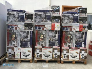 **** PALLETS OF SMALL HOUSEHOLD APPLIANCES ***
