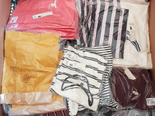 Mix pallets of clothing from ESPRIT brand new 2020 collection
