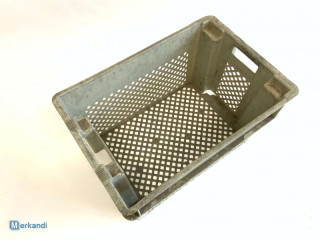 Plastic crate with holes nestable 600 x 400 x 300