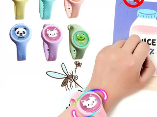 WATCH BAND FOR CHILDREN Mosquito against mosquitoes