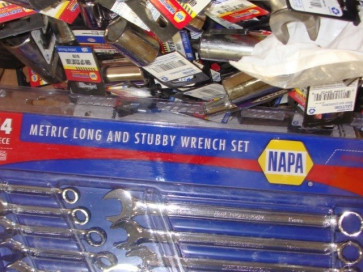 Napa hand tools — liquidation stock for export