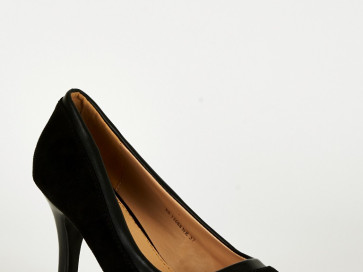 Women's Black Panel Pointed Court Shoes